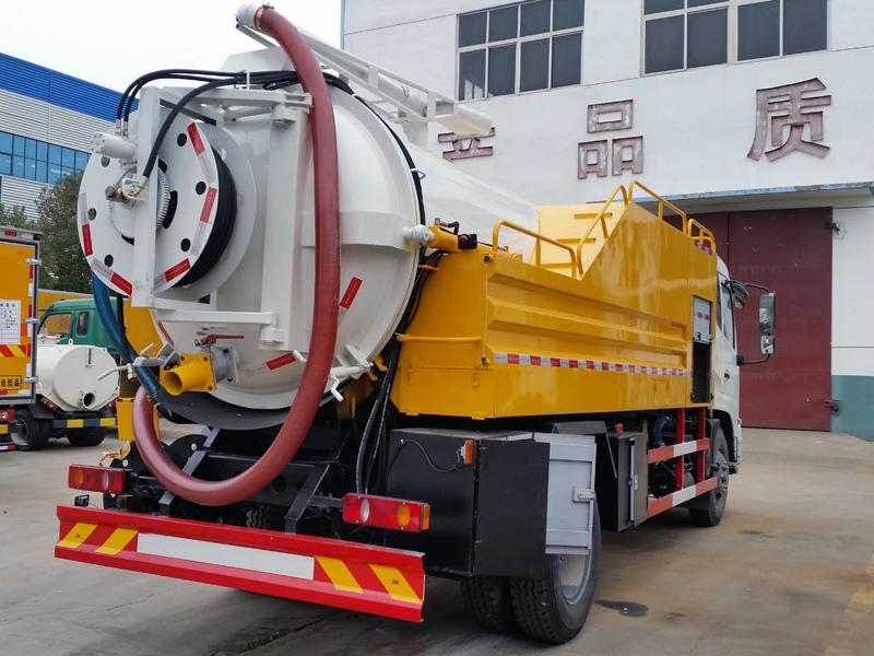 Dongfeng 4x2 10CBM cleanout sewage suction truck 201602131919273319