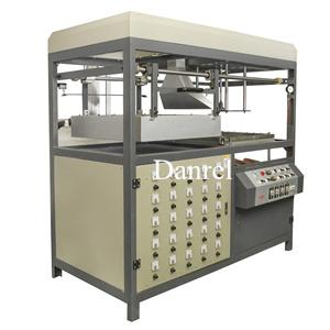DR-61B Vacuum forming machine