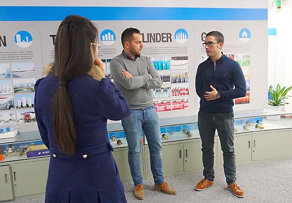Spain clients visit SEFIC (3)